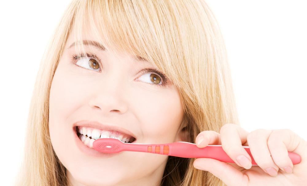 Cara Memutihkan Gigi Yang Harus Anda Ketahui - Ngelmu 5e29b9c817