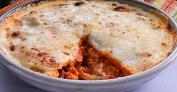 طريقة عمل طبق التورتيلا بالدجاج والجبنة بالصور