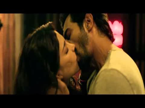 Shruthi Hassan Hot Kissing Deleted Scene From D-Day Movie