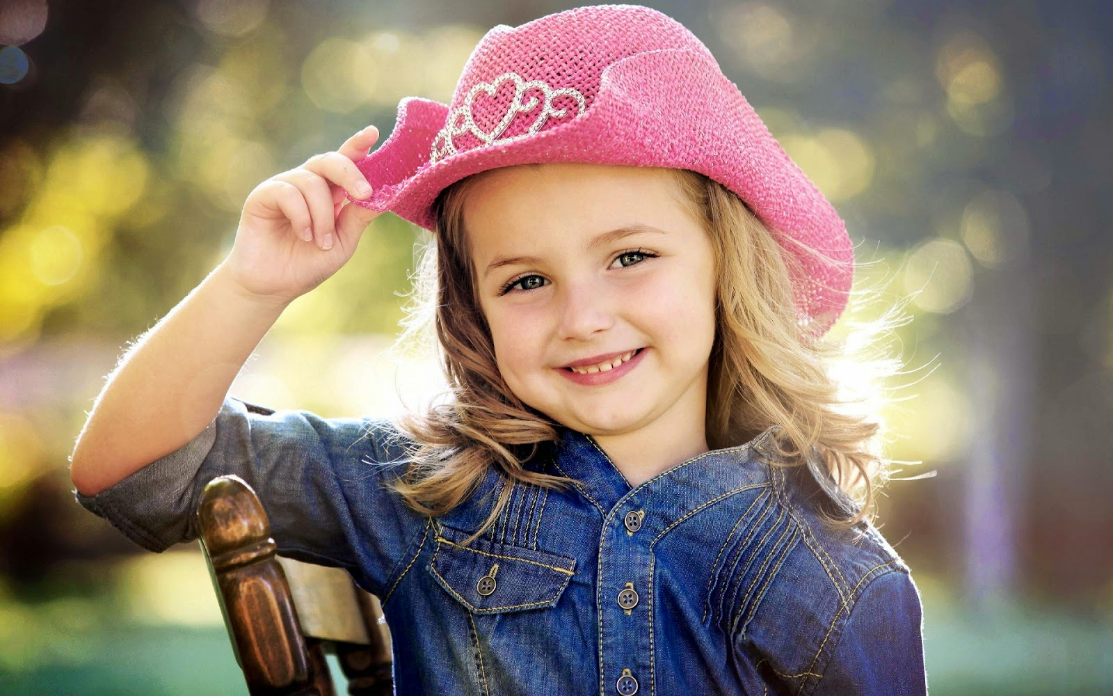 Jango Wallpapers: Most Beautiful Smiling Baby Girls HD Pics