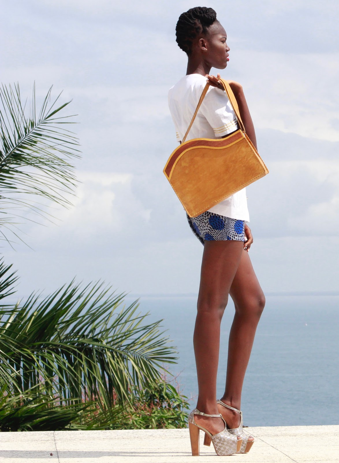 Lorma Shape Me Handbag