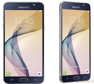 Samsung Galaxy Note 2 handphone memancarkan percikan api dan asap selagi penerbangan di India