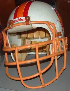 eb0dc991b6ec Pro Football Journal  Facemask Oddities