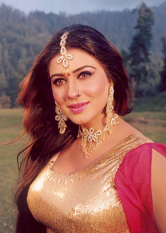 Dua Qureshi Pakistani actress beauty