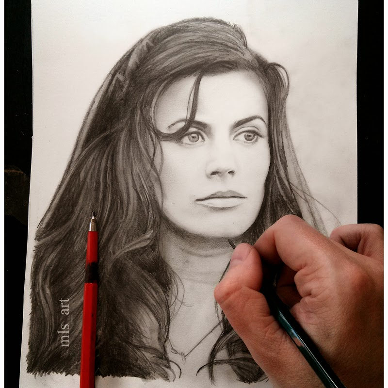 24-Meghan-Ory-Martin-Lynch-Smith-MLS-art-Celebrity-Drawings-www-designstack-co
