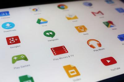 Aplikasi Android Bawaan Pabrik