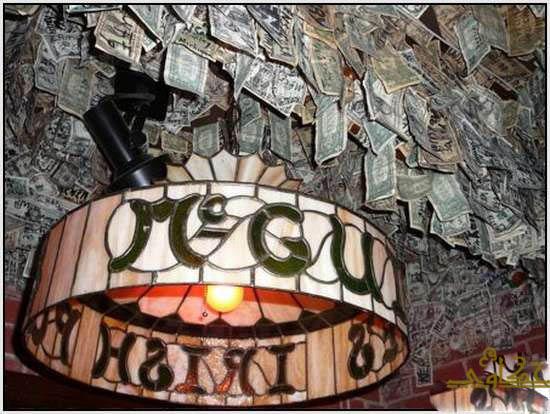 750 الف دولار تغطى جدران مطعم 1520.jpg