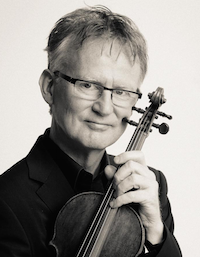 Thomas Bowes still plays a 1659 Nicolò Amati violin