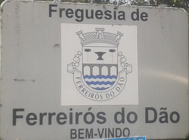 Placa freguesia Ferreirós do Dão