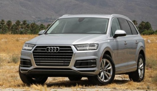 2017 audi q7 2 0 t adequacy is still a long way from audacity otomotif news. Black Bedroom Furniture Sets. Home Design Ideas