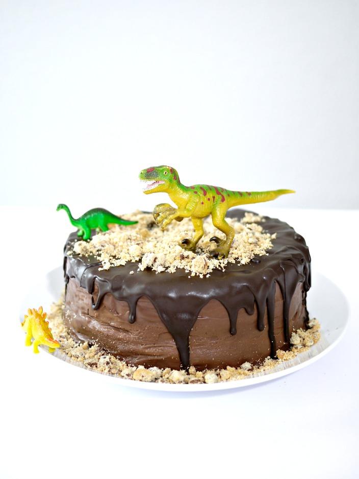 Kindergeburtstag Dino Schoko Torte