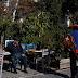 Η καθημερινότητα των ηλικιωμένων στην Αθήνα τον Αύγουστο