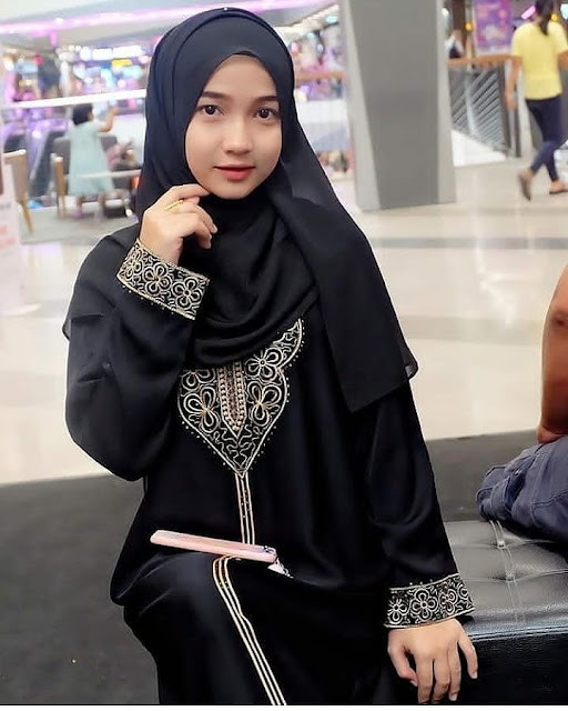 Hijab Angels Looking for Love