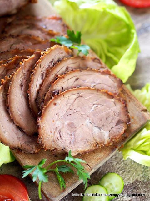 pieczeń cielęca , cielęcina , karkówka cielęca , cielęcina do chleba , pieczone mięso , pieczyste , mięsa , jak upiec cielęcinę