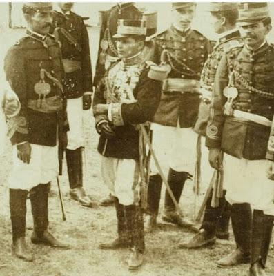 Es el General Esteban Huertas, nacido en Colombia batallo en la Guerra de los 1,000 días.