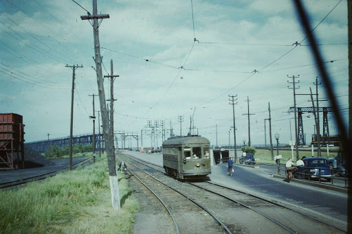85 classic photos of Montreal streetcars will leave you dreaming until Friday