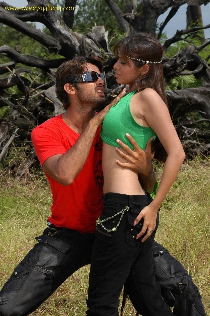Indian Actress Telugu Actress Sadha Hot Boobs Press In -2821