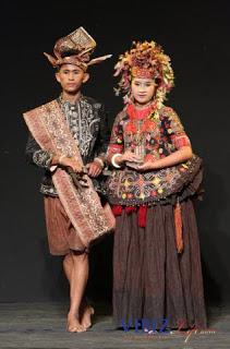 Pakaian Adat Sulawesi