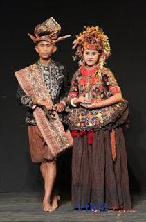 Pakaian Adat Dari Sulawesi Sulawesi Barat Sulawesi Utara Sulawesi