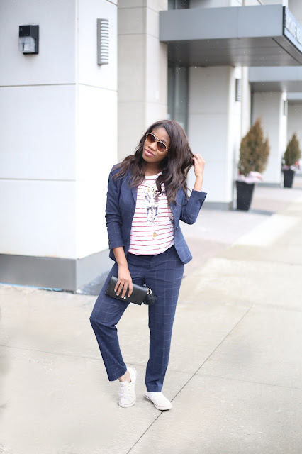 A Patterned suit with converse sneakers, Toronto Blogger