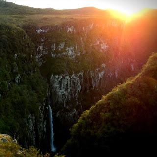 Cachoeira do Tigre Preto, no Cânion Fortaleza, Parque Nacional da Serra Geral, Cambará do Sul