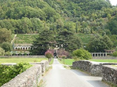 viale di Villa Dosi
