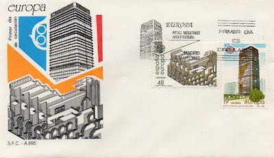 Sobre Primer Día de Circulación de los sellos del Museo de Mérida y de un edificio de oficinas de Azca de Madrid, dedicados a Europa Artes Modernas Arquitectura en 1987