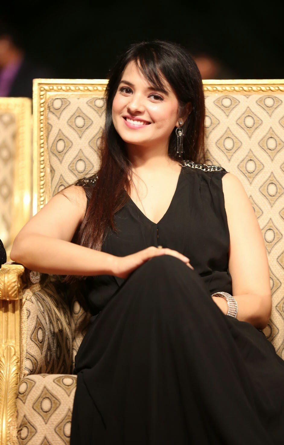 Actress Saloni Latest Cute Hot Black Dress Spicy Photos Gallery at Gama Awards 2014