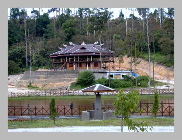 Wisata Kebun Raya Samarinda Kalimantan Timur Yoshiewafa