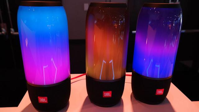 JBL Pulse 3: Waterproof bluetooth speaker
