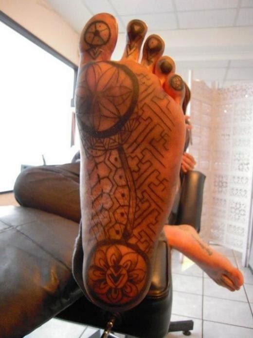 tatuajes en los pies para mujeres
