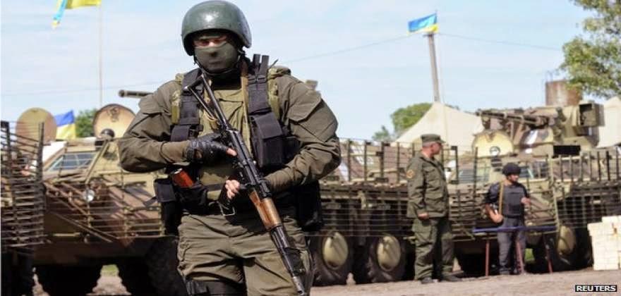 """Ουκρανός στρατιώτης oμολογεί: """"Έχουμε Αμερικανούς μισθοφόρους"""" (vid)"""