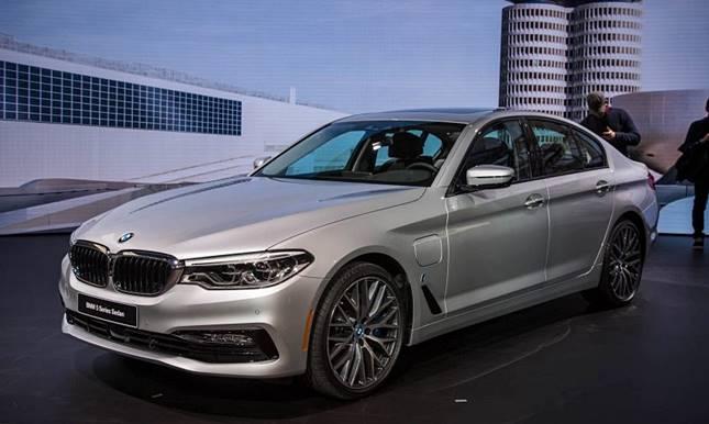 2018 BMW 5 Series Sedan M550i Activehybrid Price