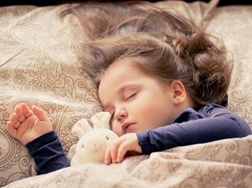 Tăng chiều cao bằng cách ngủ đủ 8 giờ/ngày