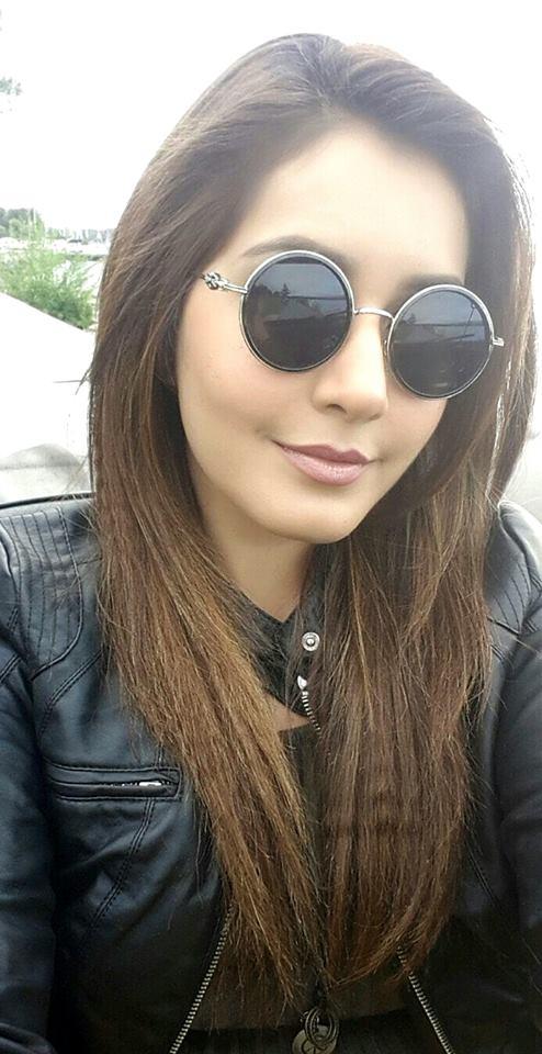 Rashi Khanna Beautiful Face Photos In Glass