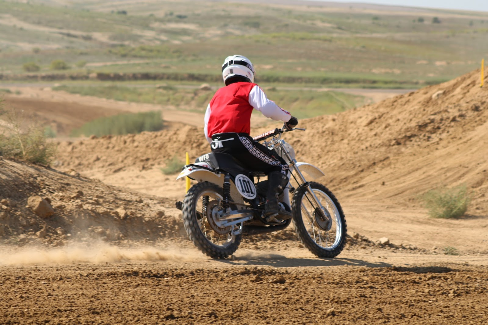 Oldmotodude cz motocrosser 101 raced at the rocky for Rocky mountain motor sports