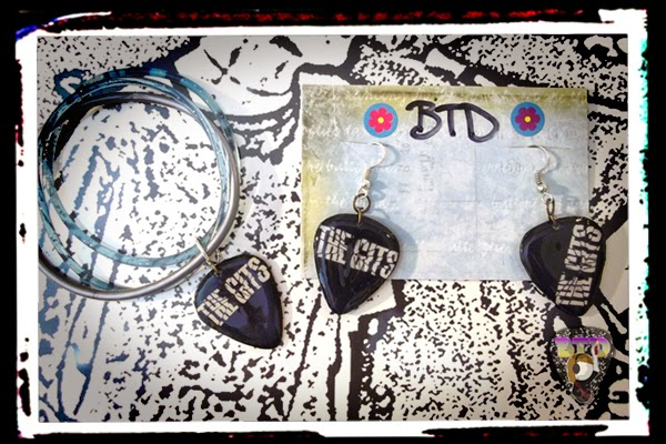 Gits guitar pick jewelry