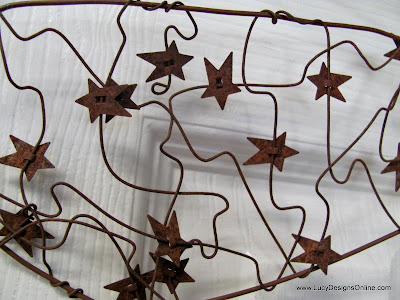 rusty wire with rusty stars
