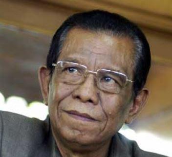 Gubernur Sulawesi Barat 2004