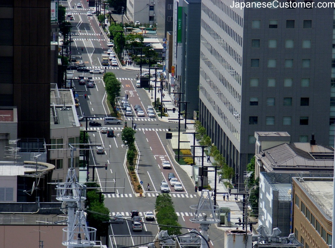 Streetview of a Japanese city Copyright Peter Hanami 2005