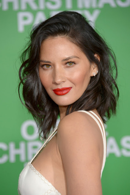 Olivia Munn - Screening  Office Christmas Party