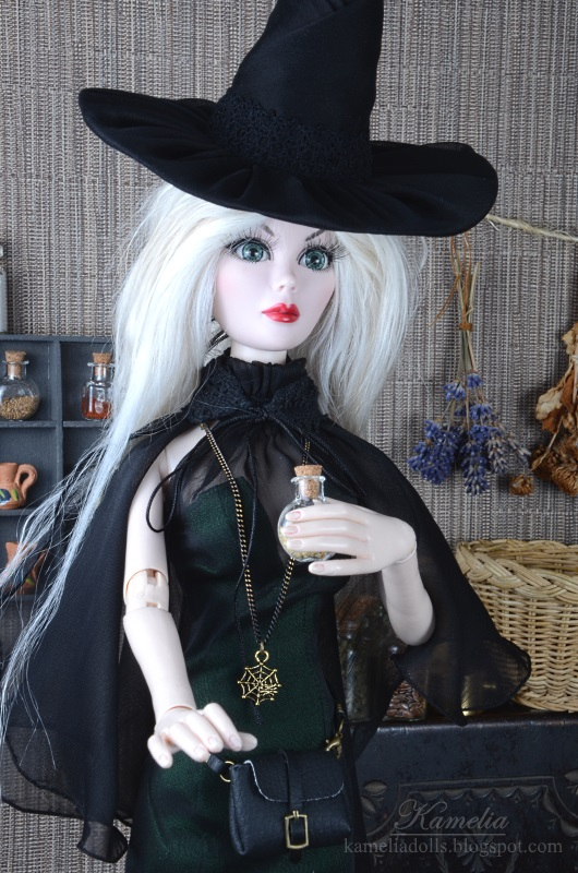 Halloween costume for doll