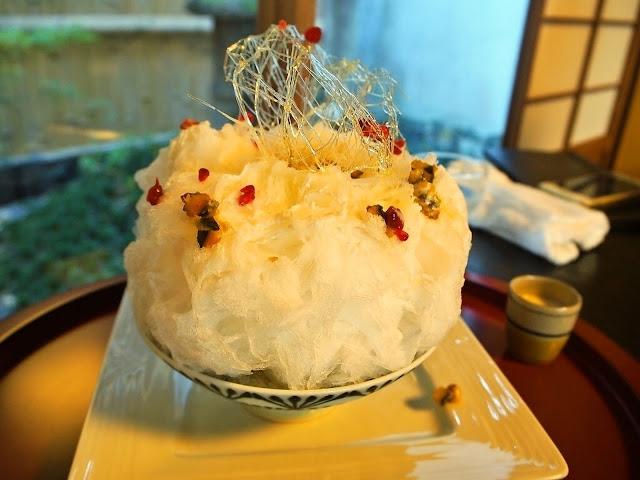 Swan鵝牌極致鵝絨日式刨冰 鵝絨雪花冰 #怪奇鵝絨冰(2):#醬菜清酒鵝絨冰|京都御苑旁清酒文化基地 刨冰不可思議的奇幻之旅-swan-kakigori-post-unexpected-flavoring-kakigori-kyoto-OZUmaisondusake-pumpkin-and-sake-Cinnamon-sideview