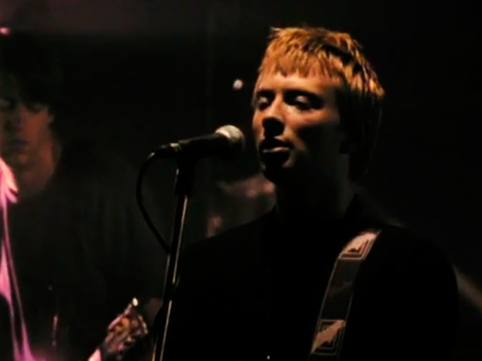 Radiohead performing Creep