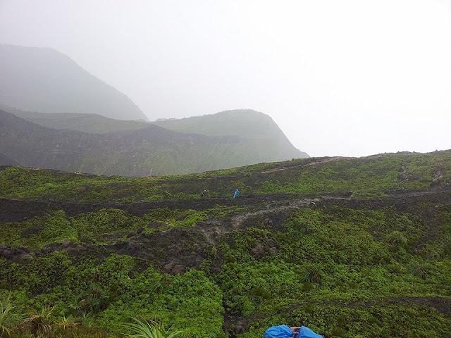 Mendaki Gunung /Bukit Kaba