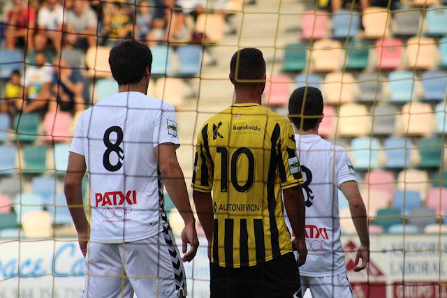El Barakaldo CF se enfrenta al Zamudio en liga