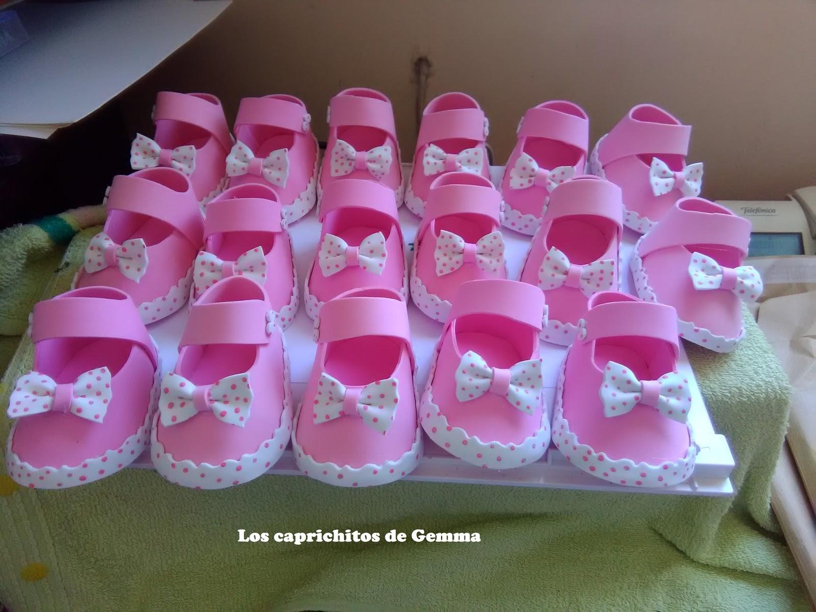 Los caprichitos de gemma zapatitos goma eva detalles bautizo baby shower - Detalles para baby shower ...