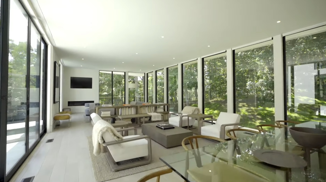 18 Photos vs. Unique Modern Home in Shelter Island, New York - Luxury House & Interior Design Video Tour