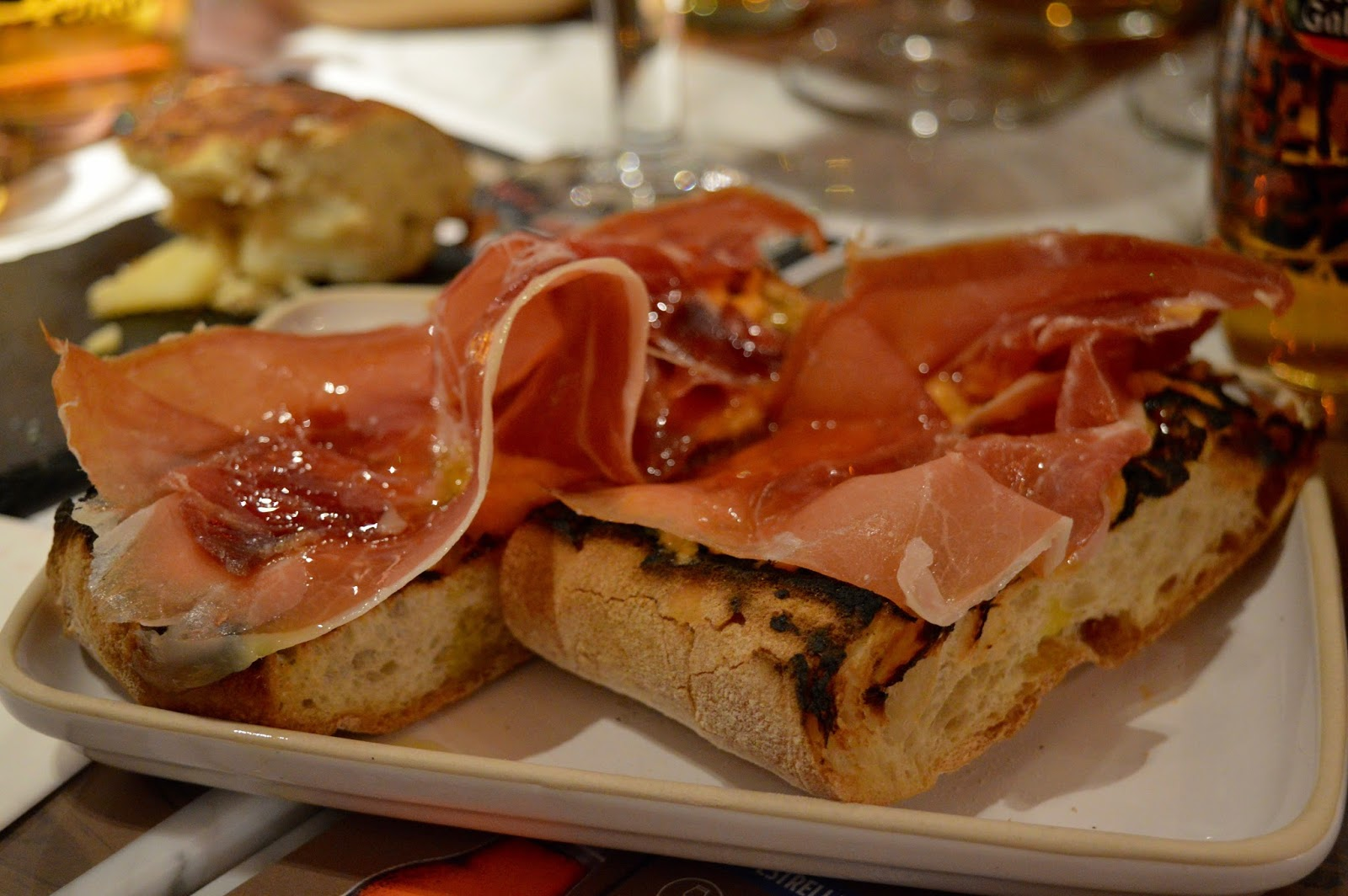 Tapas Revolution Newcastle at intu Eldon Square | Menu Review & Recommendations | Tomato bread with Serrano ham