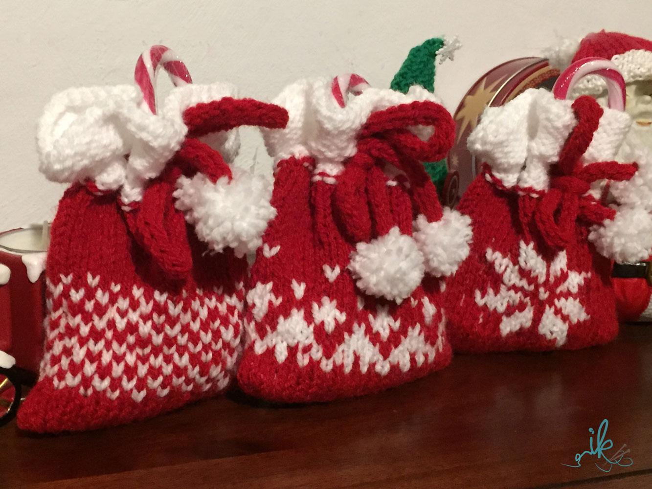 Weihnachtssäckchen Und Nikolausstiefel Gestrickt